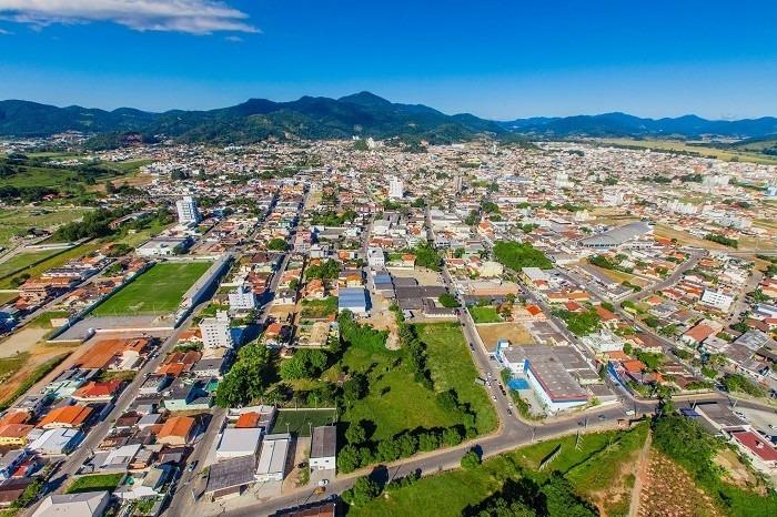 Camboriú: 136 anos de história